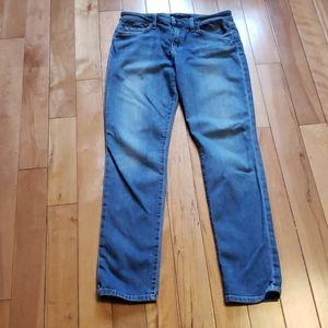 "Joe's Jean's skinny bootfit size 30"""